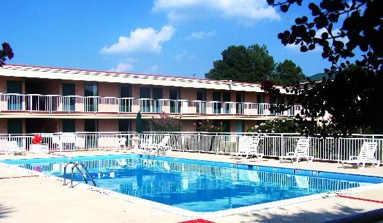 Motel 6 suffolk updated 2019 prices hotel reviews va - Suffolk hotels with swimming pool ...