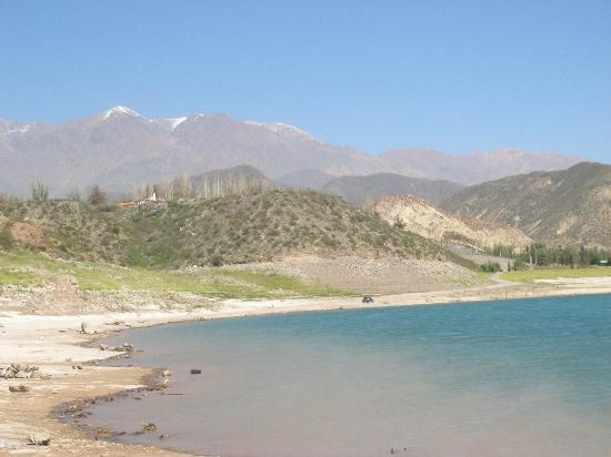 Potrerillos, Аргентина: Potrerillo  y su embalse