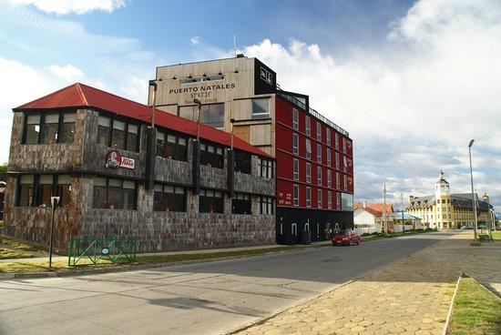 Noi Indigo Patagonia: indigo. struura particoalre a P.Natales