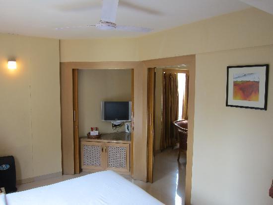 FabHotel Shivajinagar: Suite (2)
