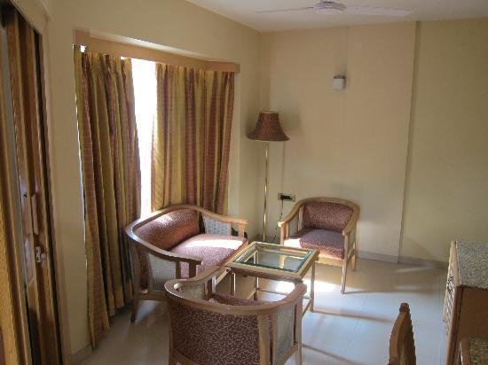 FabHotel Shivajinagar: Suite (3)