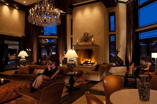 Waldorf Astoria Park City: Enjoy a good book and beautiful views from our lobby