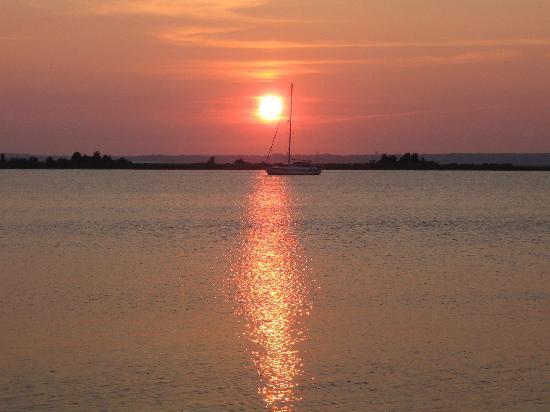 Wildwood Crest, NJ: sun set