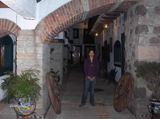 Meson Del Rosario: Hotel MR