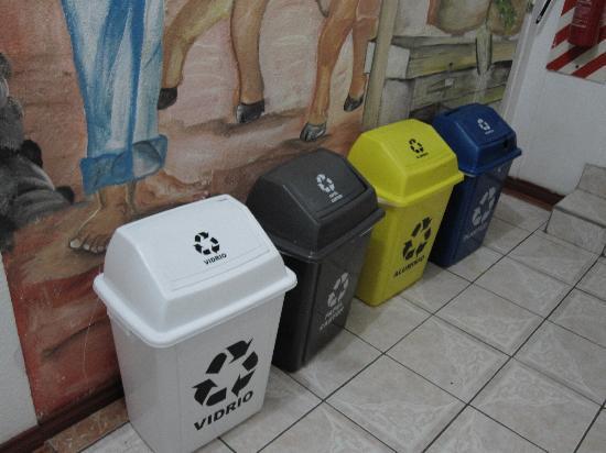 Hotel Casa Tago: recycling, hurray!