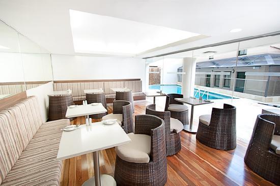 โรงแรมเรนเดซวอส สแตฟฟอร์ด ซิดนีย์: Breakfast room