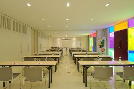 POP! Hotel Teuku Umar Denpasar: Meeting Rooms