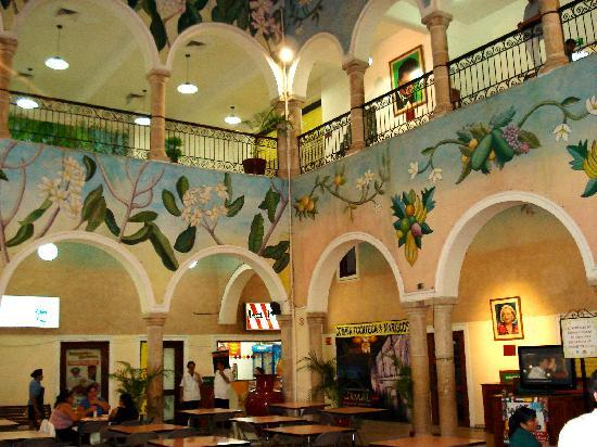 Merida, Mexico: food court