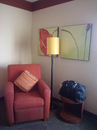 La Quinta Inn & Suites Miami Cutler Bay: sitting area