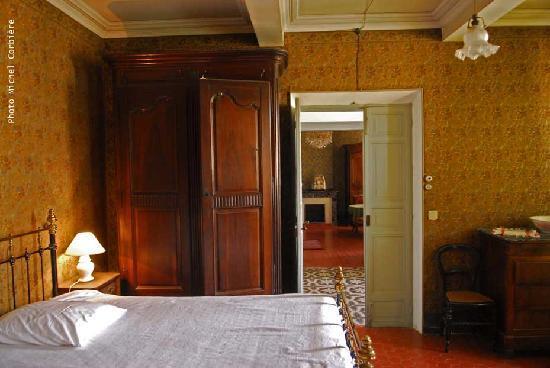 Domaine Louis Degrave : LOUIS DEGRAVE HOUSE