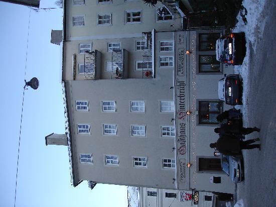 Gasthaus Hinterbrühl: Frontansicht