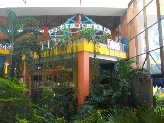 Be Live Experience Varadero: vue intérieur de l'hôtel