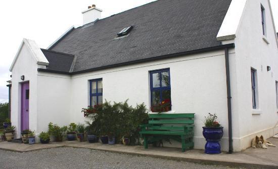 Ireland: County Clare - Clondanagh Cottage, near Tulla