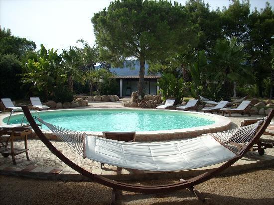 Villa del Borgo Relais: Pool and spa area