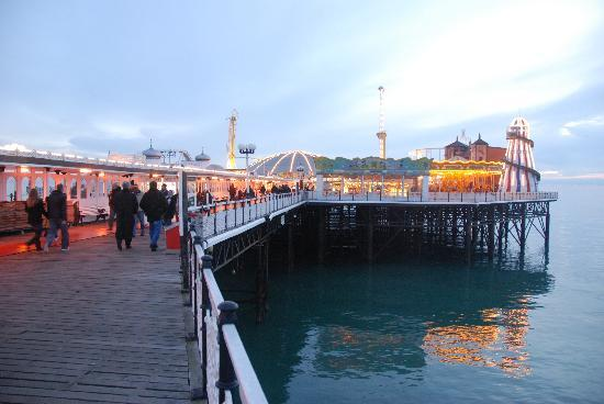 Brighton, UK: der hintere Teil des Piers