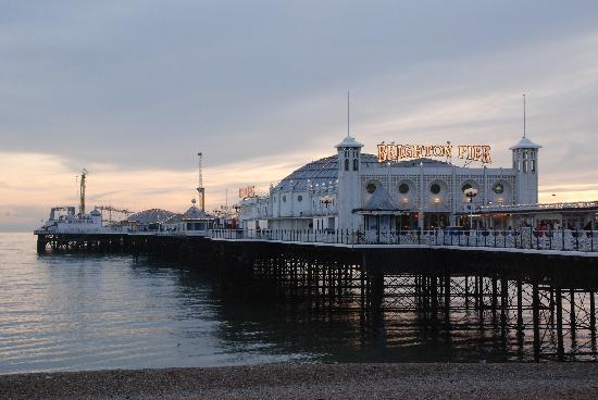 Brighton, UK: Pier