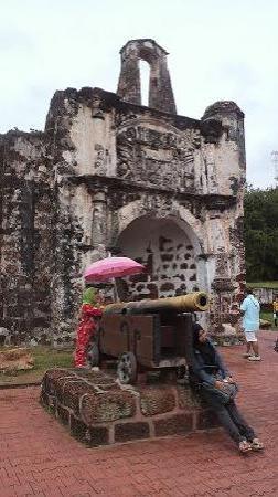 Melaka, Malaysia: A' Famosa / Porta de Santiago