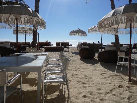 El Taj Oceanfront & Beachside Condos Hotel: Frühstück