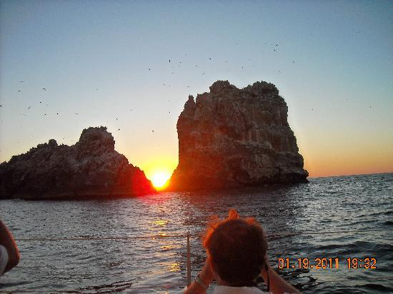 Emporio Ixtapa: Sun set from sail boat