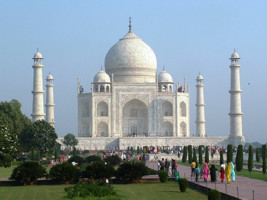 Агра, Индия: Taj Mahal and gardens