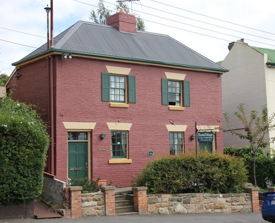 Warwick Cottages