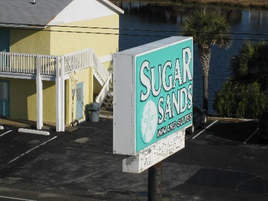 Sugar Sands Inn and Suites : hotel sign