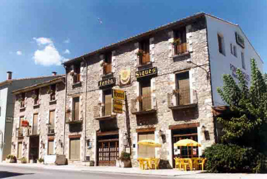 Photo of Hotel Fonda Siques Besalu
