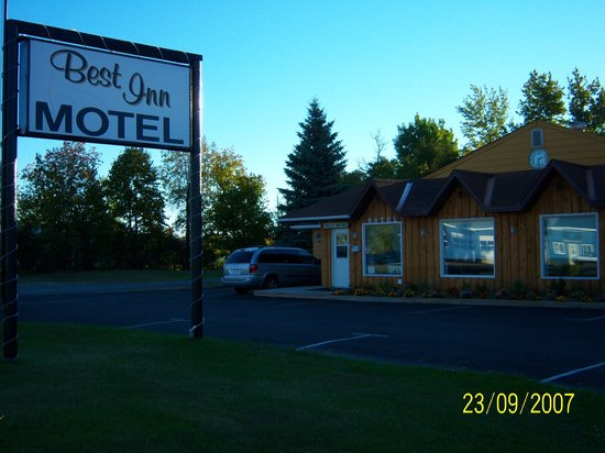 Best Inn Motel: ONLY BEST PLACE TO STAY IN SMITHS FALLS