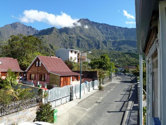 Hotel Casa Celina: Piton Neiges seen from Celina