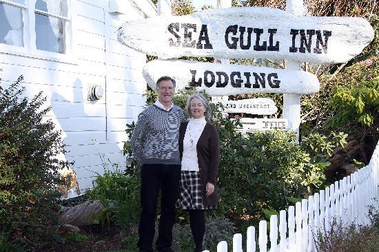 Sea Gull Inn Bed and Breakfast: Owners Jim and Ayla