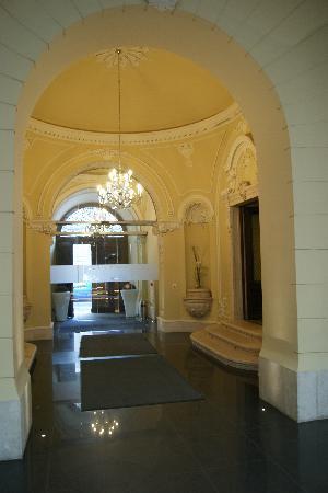 Hotel Palazzo Zichy: Entrée de l'hotel