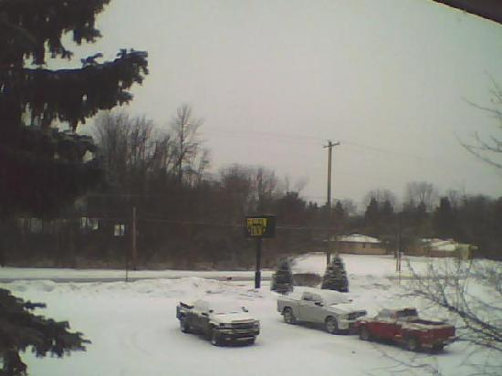 Baymont Inn & Suites Midland : What else did you expect outside in Michigan in January.