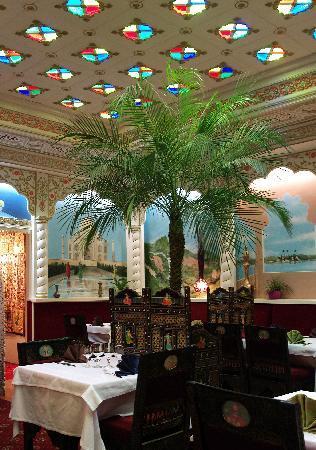 restaurant le mahraja dans quimper avec cuisine indienne. Black Bedroom Furniture Sets. Home Design Ideas