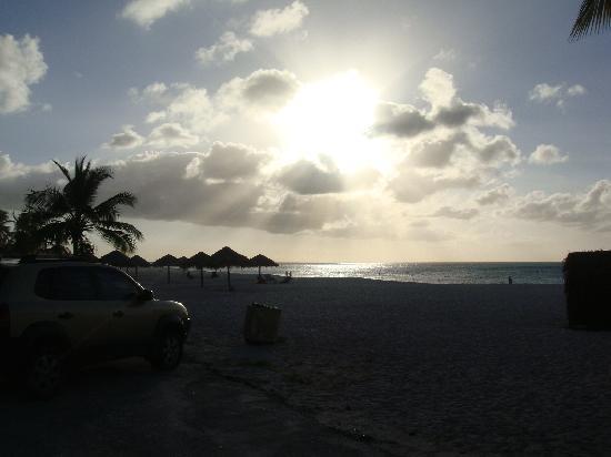 Hyatt Regency Aruba Resort and Casino: sunset