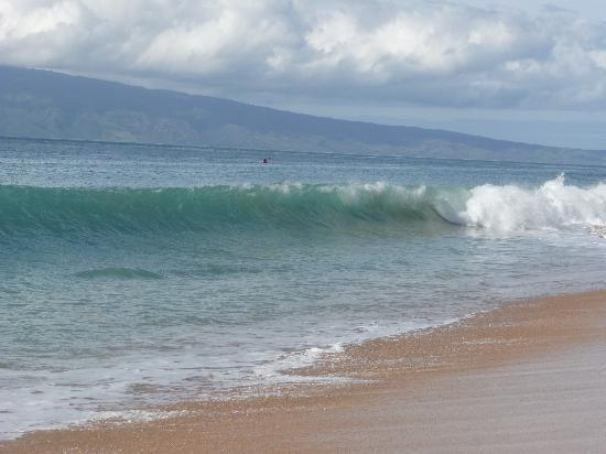 Aston Maui Kaanapali Villas A Day Of Higher Surf At The Beach