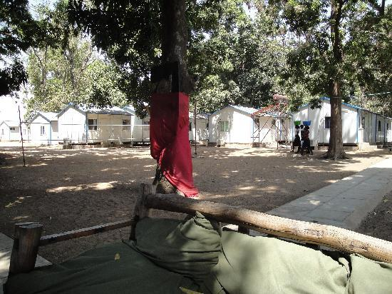Oasis Camp : Typical Juba Container Living