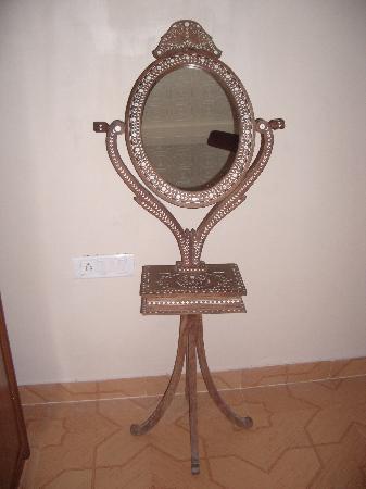Virasat Haveli: Elegant dressing table