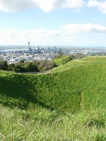 Mount Eden Motel: Mt. Eden, extinct volcano