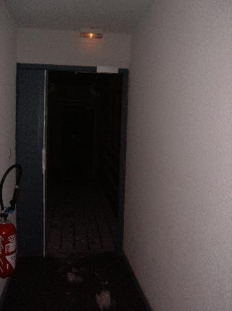 Residence Odalys L'Ecrin des Neiges: couloir sans porte