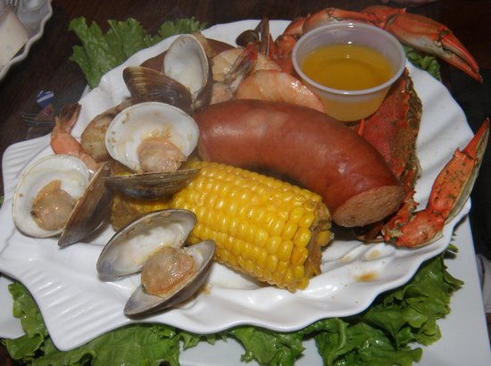 Tony's Seafood Restaurant : Steamed Low Country Boil...just yummmmy