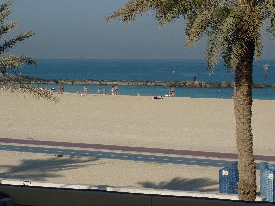 Fuori Dall Hotel Picture Of Regent Beach Resort Dubai Tripadvisor