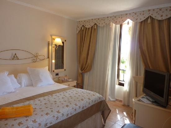IBEROSTAR Grand Hotel Salome: Schlafzimmer