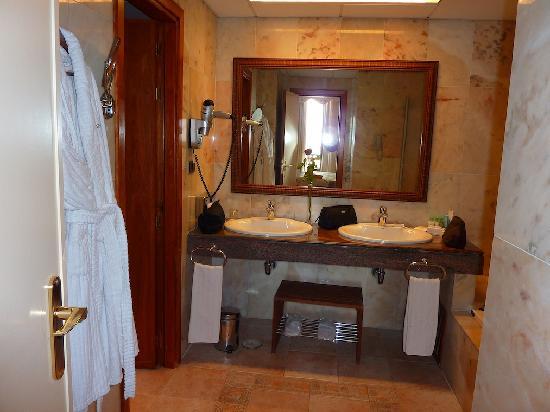 IBEROSTAR Grand Hotel Salome : Badezimmer