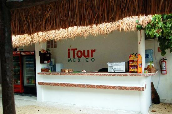 Itour Mexico: reception desk