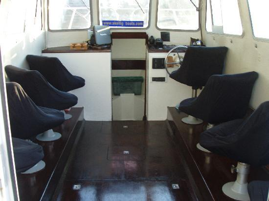 Ballinskelligs Boats: A covered Tour Boat