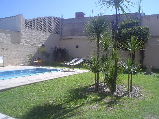 Posada El Arribo: La piscina de La Posada