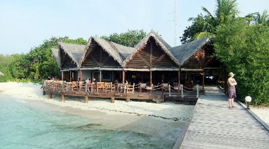 Gasfinolhu Island Resort : Le Bar et  La réception