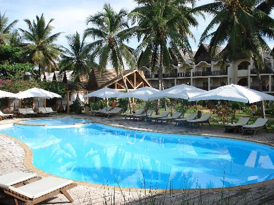 Royal Beach Hotel: la piscina