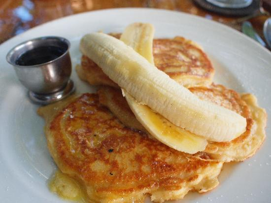 Royal Davui Island Resort, Fiji: Banana Pancakes