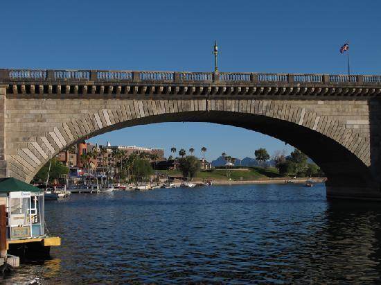 Lake Havasu: bridge